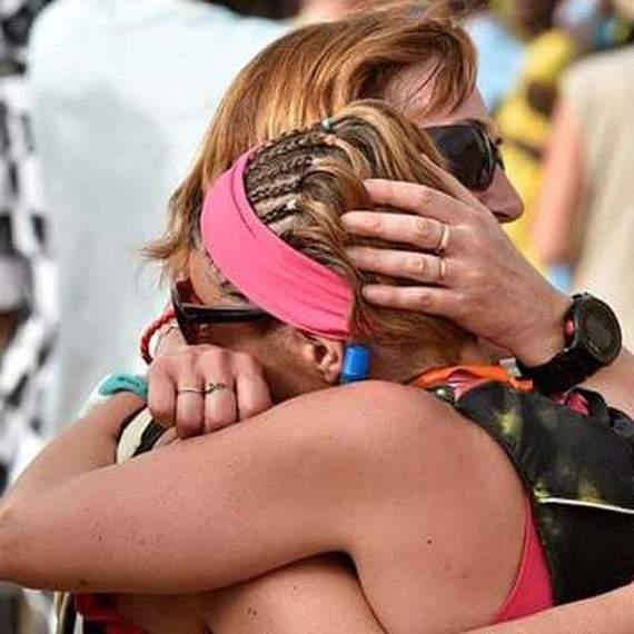 Nous avons besoin de VOUS pour lutter contre le cancer du sein! Aidez nous pour agir, rendez vous au triathlon des roses le 21 septembre 2019 grâce a votre don.