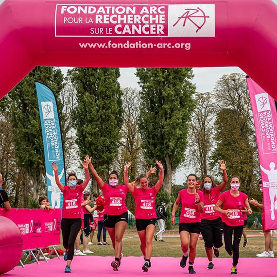 Triathlon des Roses de Flo: soutenez mon engagement en faisant un don pour la recherche contre le cancer du sein